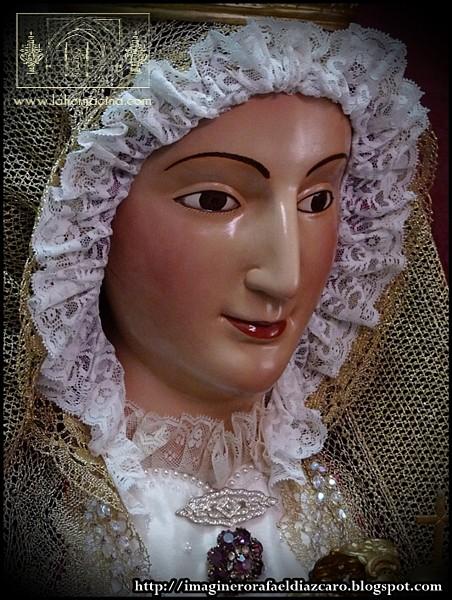 ... Pascual Reyes en 1954, a imitación de la patrona de Sevilla y su Archidiócesis, una imagen sedente de vestir catalogada por Hernández Díaz como pieza ... - caro03