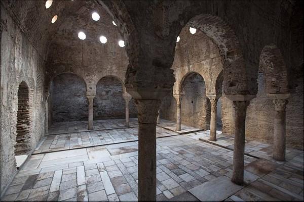 Baños Romanos Granada:RESTAURACIÓN DE LOS BAÑOS ÁRABES DEL BAÑUELO EN GRANADA